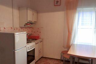 Кухня в благоустроенном номере